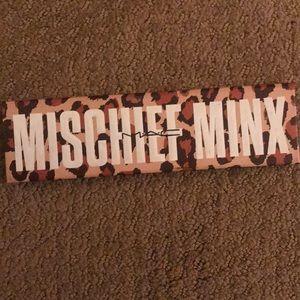 Mac mischief minx palette